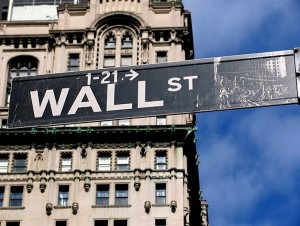 Wall Street exerts extreme influence on Washington. Benoît Prieur (Agamitsudo), Cc-by-sa-4.0